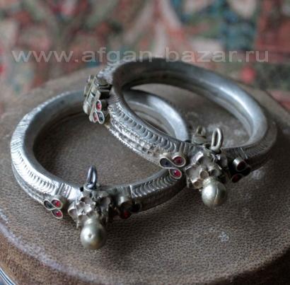 Пара кохистанских племеных  браслетов. Северо-западный Пакистан (Сват-Кохистан),