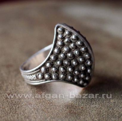 Винтажный балканский перстень с зернью