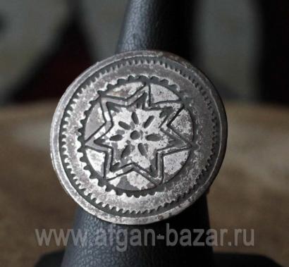 Винтажное бедуинское кольцо с солярной символикой. Египет, 20-й век. Украшения О