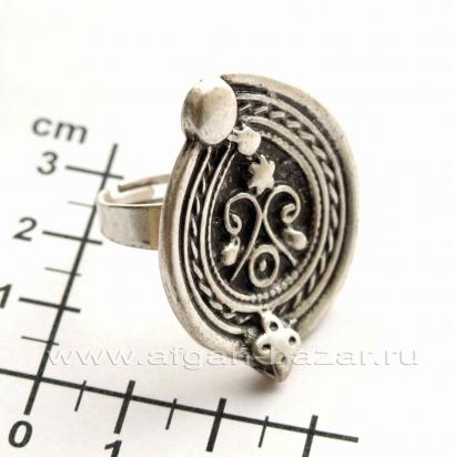 Кольцо из ювелирного сплава в индийском стиле
