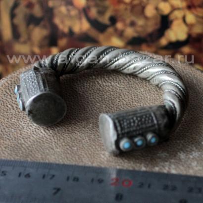 Старый бедуинский браслет на подростковую руку. Йемен или Саудовская Аравия, 20-