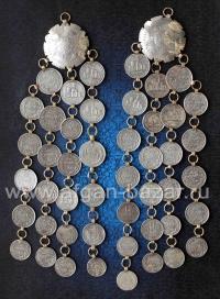 Пара афганских наплечных или нагрудных подвесок-амулетов с иранскими монетами