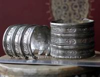 Пара старинных туркменских браслетов. Туркестан или Северный Афганистан, туркмен