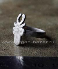 Старый берберский перстень-талисман с изображением буйвола или коровы