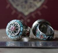 Непальский перстень с инкрустацией