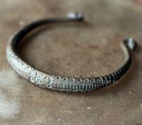 Пакистанский племенной браслет необычной формы