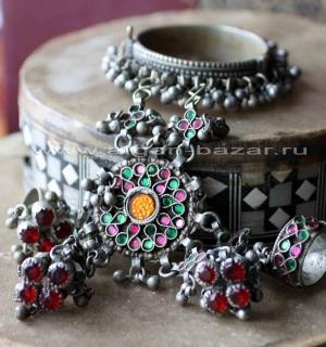 Уникальный афганский браслет с кольцами