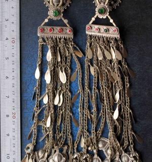 Пара височных подвесок. Афганистан или Северо-западный Пакистан (Вазиристан, Зон