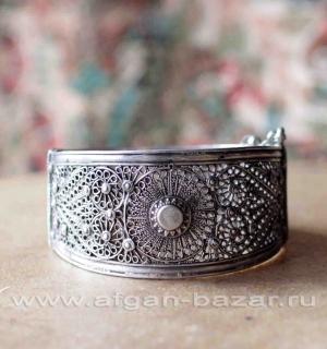 Винтажный афганский браслет тонкой филигранной работы с солярной символикой