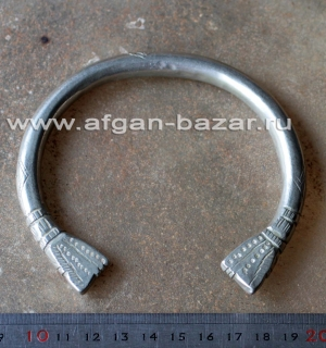 Бедуинский браслет на плечо символическими изображениями змей