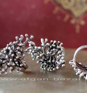 Кольцо из ювелирного сплава в стиле трайбл