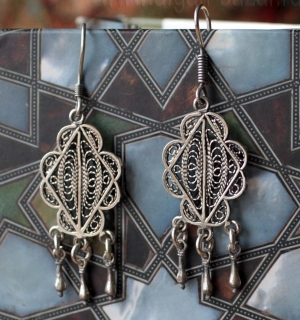 Египетские серьги в традиционном стиле