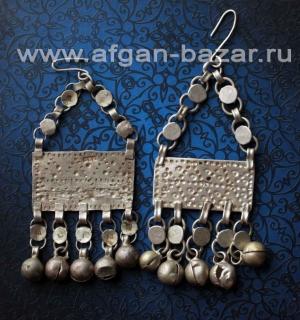 Старые египетские серьги с геометричеческим орнаментом- амулеты Зар, составленны