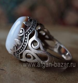Перстень с агатом (ониксом). Египет, современная работа