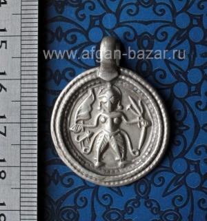 Старый индийский амулет с изображением Бхайравы - грозного аспекта бога Шивы