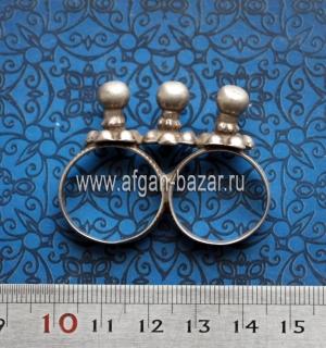 Старое индийское кольцо на два пальца. Индия, Гуджарат или Раджастан, вторая пол