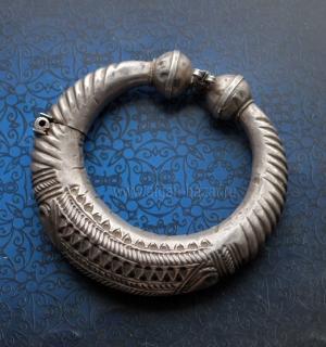 Старый индийский племенной браслет. Западная Индия (Пенджаб, Химачал Прадеш, Рад