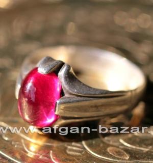 Винтажный иранский перстень с гранатом