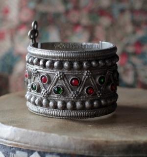 """Традиционный племенной браслет """"Баху"""" (bahu)"""