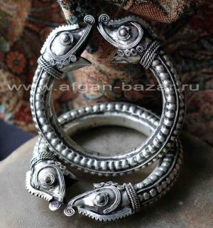 Браслет с головами змей. Китай, народность Мяо (Хмонг)