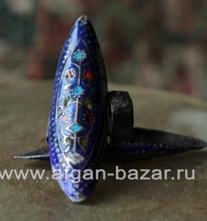 Традиционное мультанское кольцо с восстановленной эмалью. Пакистан, Мультан, вто