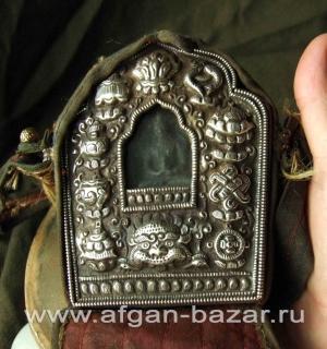 Тибетский амулет Гау с фигурой будды Амитаюс