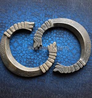 Пара массивных племенных браслетов. Пакистан, середина - вторая половина 20-го в
