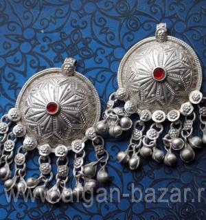 Лот из двух серебряных подвесок-амулетов - племенные украшения Кучи