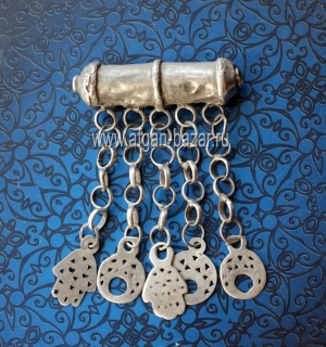 """Традиционный берберский цилиндрический амулет """"Агаль"""" (Agal) с подвесками """"Хамса"""