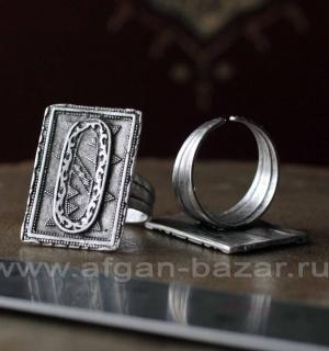 Кольцо из ювелирного сплава в казахском стиле